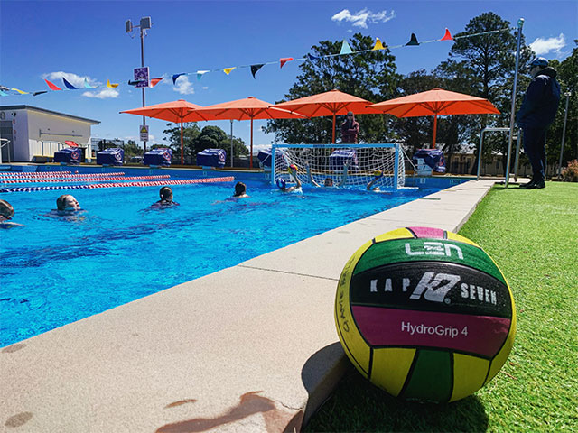 Swansea swim centre learn to play water polo class lake macquarie dolphins